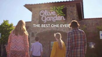 Olive Garden TV Spot, 'Come Together for the Best One Ever' - Thumbnail 7