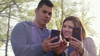 T-Mobile TV Spot, 'Cuatro líneas por $25 dólares' [Spanish] - Thumbnail 2