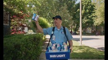 Bud Light TV Spot, 'Beer Vendor: Calling Talking' - Thumbnail 3