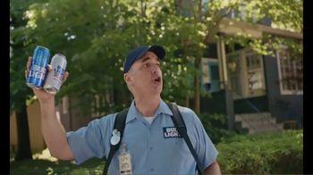 Bud Light TV Spot, 'Beer Vendor: Calling Talking' - Thumbnail 5