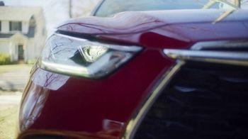 2020 Toyota Highlander TV Spot, 'You Look Awfully Good: Neighborhood Drive' [T2] - Thumbnail 1