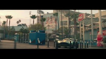 Hankook Tire TV Spot, 'Long Catch' Featuring Clayton Kershaw - Thumbnail 4