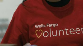 Wells Fargo TV Spot, 'Feeding America: The Year of the Unthinkable' - Thumbnail 9
