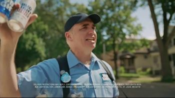 Bud Light TV Spot, 'Beer Vendor: Walk Sign' - Thumbnail 7