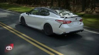 2020 Toyota Camry TV Spot, 'You Look Awfully Good: City Drive' [T2] - Thumbnail 3