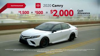 2020 Toyota Camry TV Spot, 'You Look Awfully Good: City Drive' [T2] - Thumbnail 6