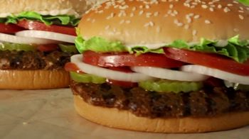 Burger King 2 for $5 Mix n' Match TV Spot, 'Opciones' [Spanish] - Thumbnail 3