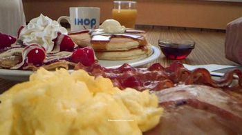 IHOP Ultimate BreakFEASTS TV Spot, 'Except for Bears: Free Delivery & 20% Off' - Thumbnail 3