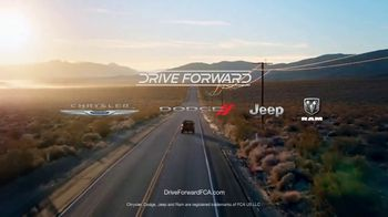 Fiat Chrysler Automobiles TV Spot, 'Drive Forward' Song by OneRepublic [T1] - Thumbnail 9