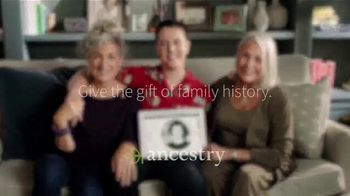 Ancestry TV Spot, 'Three Generations Come Together' - Thumbnail 10