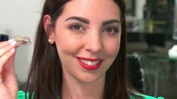 Designer Brow Stamp TV Spot, 'Bold Eyebrows' - Thumbnail 6