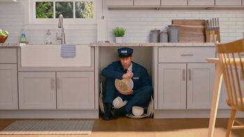 Maytag Month TV Spot, 'Trade Your Scrubber: $700 Rebate' Featuring Colin Ferguson - Thumbnail 3