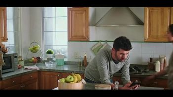 Wingstop TV Spot, 'Dance: Delivery and Carryout' - Thumbnail 1