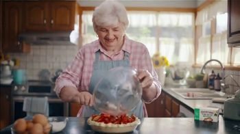 Country Crock Plant Butter TV Spot, 'Loved By Lynn, 229-Time Baking Champion' - Thumbnail 7