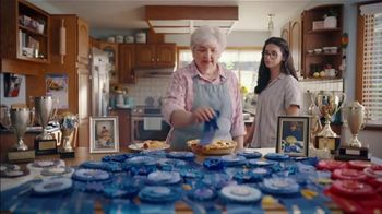Country Crock Plant Butter TV Spot, 'Loved By Lynn, 229-Time Baking Champion' - Thumbnail 9