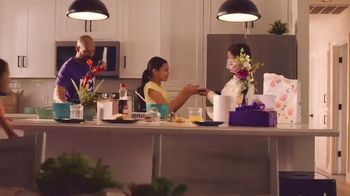 Grand Canyon University TV Spot, 'Happy Mother's Day' - Thumbnail 6