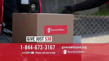 Save the Children TV Spot, 'Distributing Nourishing Meals' - Thumbnail 5