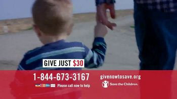 Save the Children TV Spot, 'Distributing Nourishing Meals' - Thumbnail 7