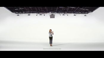 Verizon TV Spot, 'María: llamadas a México' [Spanish] - Thumbnail 3