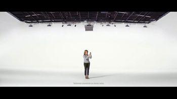 Verizon TV Spot, 'María: llamadas a México' [Spanish] - Thumbnail 4