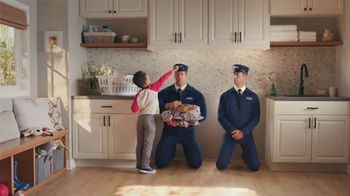 Maytag Month TV Spot, 'On/Off: $700 Rebate' Featuring Colin Ferguson - Thumbnail 4