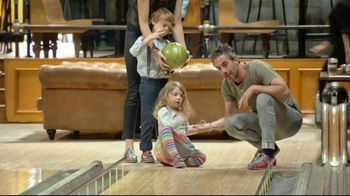 GoBowling.com TV Spot, \'Bringing People Together\'