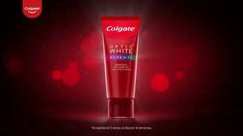 Colgate Optic White Renewal TV Spot, 'Elimina 10 años de manchas amarillas' [Spanish] - Thumbnail 3
