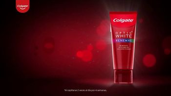 Colgate Optic White Renewal TV Spot, 'Elimina 10 años de manchas amarillas' [Spanish] - Thumbnail 5