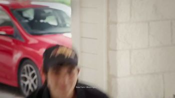 State Farm TV Spot, 'Pizza Delivery' - Thumbnail 8