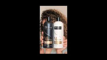 TRESemmé Moisture Rich TV Spot, 'Healthy-Looking Hair At Home' - Thumbnail 7