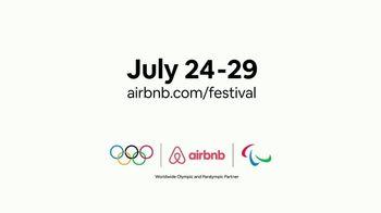 Airbnb Festival TV Spot, 'Connect Like Never Before' Feat. Kerri Walsh Jennings, Allyson Felix - Thumbnail 7