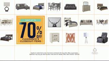 Ashley HomeStore End of Season Clearance Event TV Spot, 'Up to 70 Percent: Sofa' - Thumbnail 3