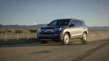 Honda Verano de Ofertas TV Spot, 'Passport y Pilot' canción de Danger Twins [Spanish] [T2] - Thumbnail 3