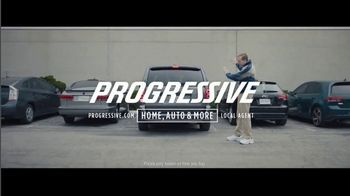 Progressive TV Spot, 'Dr. Rick: Group Outing' - Thumbnail 9