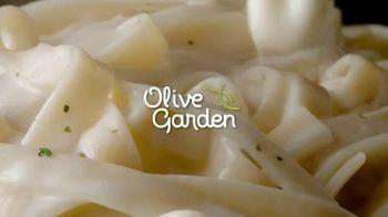 Olive Garden TV Spot, 'More Alfredo Sauce' - Thumbnail 1