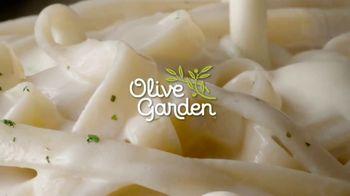 Olive Garden TV Spot, 'More Alfredo Sauce' - Thumbnail 2