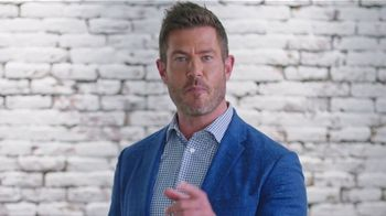 Rooms to Go TV Spot, 'Free Adjustable Base' Featuring Jesse Palmer - Thumbnail 9
