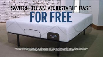 Rooms to Go TV Spot, 'Free Adjustable Base' Featuring Jesse Palmer - Thumbnail 4