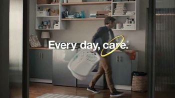 Whirlpool TV Spot, 'Load & Go: Skip Adding Detergent' - Thumbnail 10