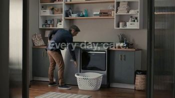 Whirlpool TV Spot, 'Load & Go: Skip Adding Detergent' - Thumbnail 9