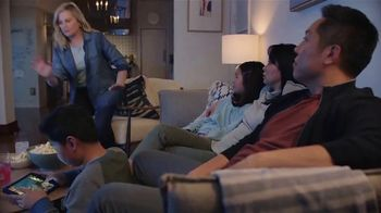 XFINITY xFi TV Spot, 'Threat: Added Protection' Featuring Amy Poehler - Thumbnail 2