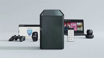 XFINITY xFi TV Spot, 'Threat: Added Protection' Featuring Amy Poehler - Thumbnail 7