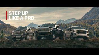 2020 GMC Sierra TV Spot, 'Jaw Drop: Bear' [T2] - Thumbnail 6