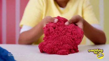 Kinetic Sand Sandisfying Set TV Spot, 'Endless Creations' - Thumbnail 3