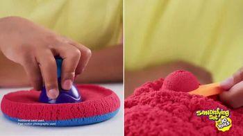 Kinetic Sand Sandisfying Set TV Spot, 'Endless Creations' - Thumbnail 4