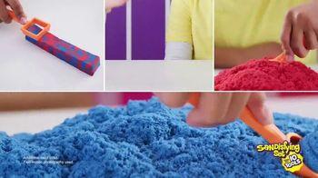 Kinetic Sand Sandisfying Set TV Spot, 'Endless Creations' - Thumbnail 9