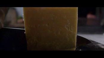 Panera Bread Smokehouse BBQ Chicken Sandwich TV Spot, 'Half' - Thumbnail 2