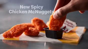 McDonald's Spicy Chicken McNuggets TV Spot, 'Make That a Large Sprite' - Thumbnail 8