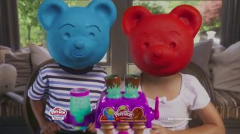 Play-Doh Kitchen Creations Candy Delight Playset TV Spot, 'Crank Out Candies' - Thumbnail 8