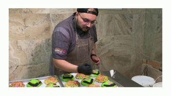 Google TV Spot, 'Ayuda a los negocios cerca de ti: Rosy's Bakery' canción de La Dstylería [Spanish]
